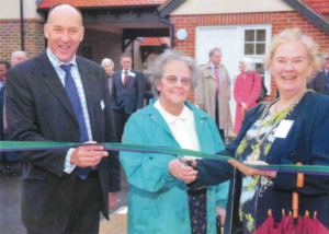 2008 Mayor of Guildford opens phase 2 of Pathfields in Shere